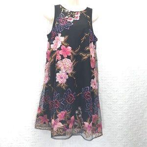 Floral sleeveless dress Beige by e.c.i. Medium